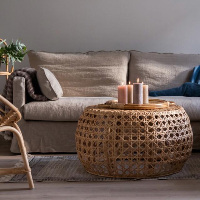 Sievä sohvapöytä
